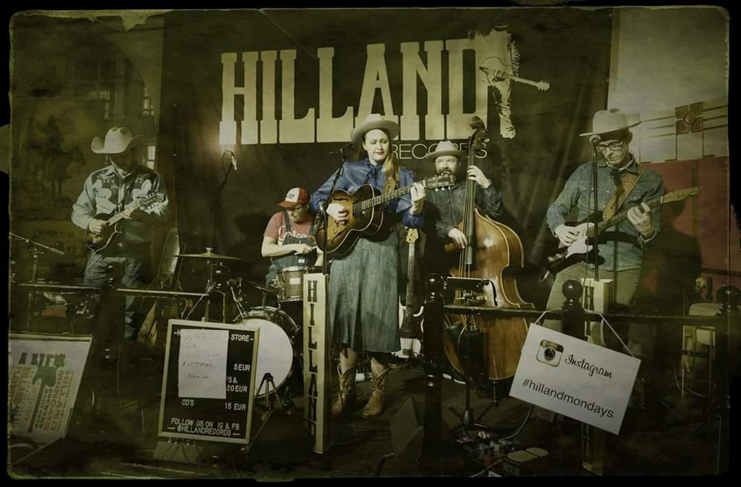 Ma 3.2. Hilland Mondays- klubi Klo 20.00